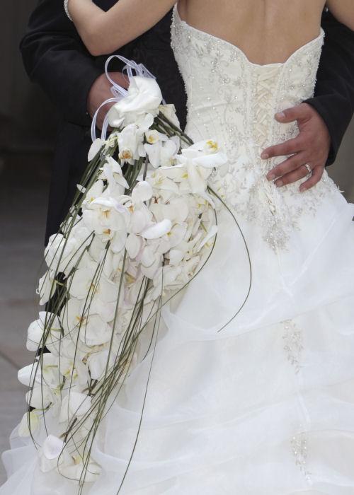 bouquet-ricadente-matrimonio-terni