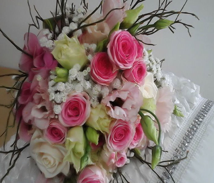 composizione-rose-romantiche-terni