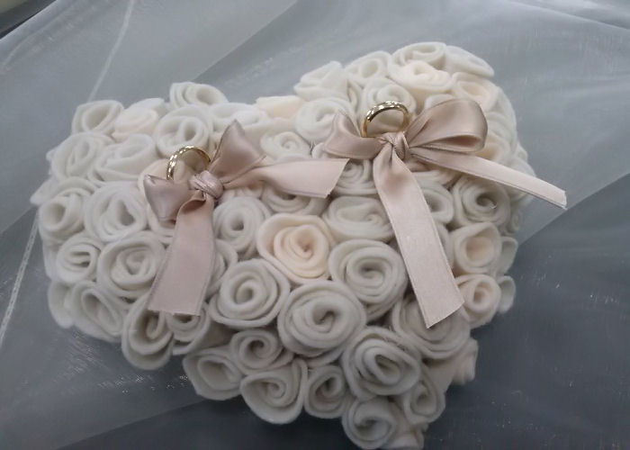 Cuscini Portafedi Nuziali.Cuscinetti Portafedi Mariana Flowers Style
